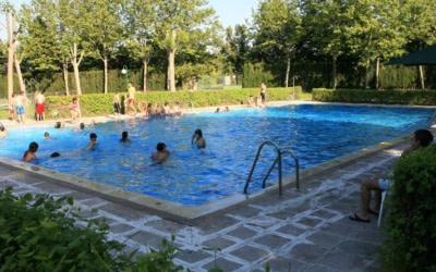 Incertidumbre en las piscinas comunitarias de cara al verano: «No sabemos cuándo podemos abrirlas ni cómo»